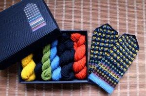 画像1: ミトンの手編みキット 8 (ラトガレ地方2)