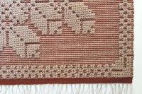 手織りのマット C